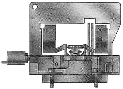 Применение шаблона для измерения уровня топлива в поплавковой камере карбюратора Солекс