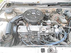 двигатель запускается и глохнет